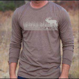 NWT Mens Brown Live Life Long Sleeve Hunter Shirt